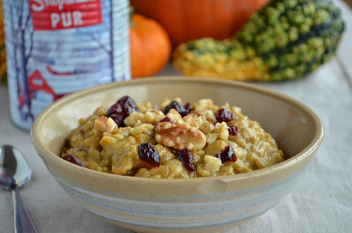 Pumpkin Oatmeal with Toasted Walnuts and Cranberries